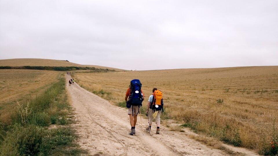 Cammino di santiago i percorsi affrontati da due pellegrini