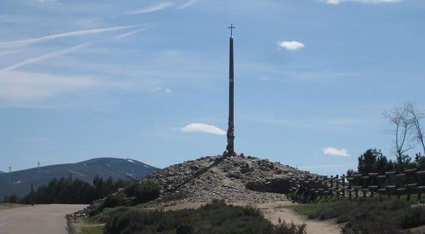 La croce di ferro sul cammino francese