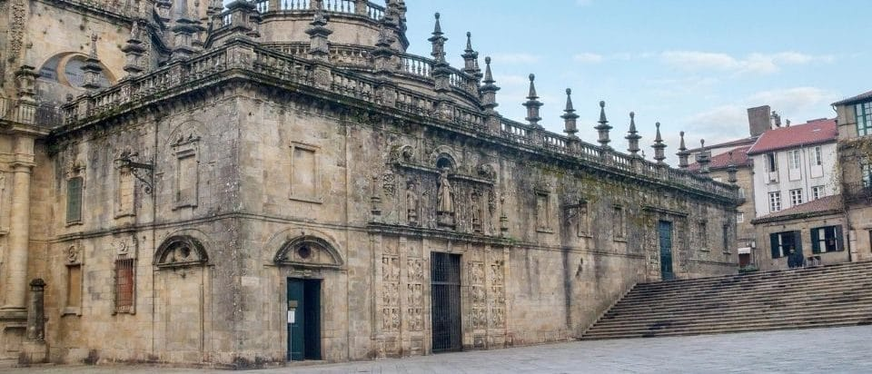 La porta santa della cattedrale di santiago di compostela