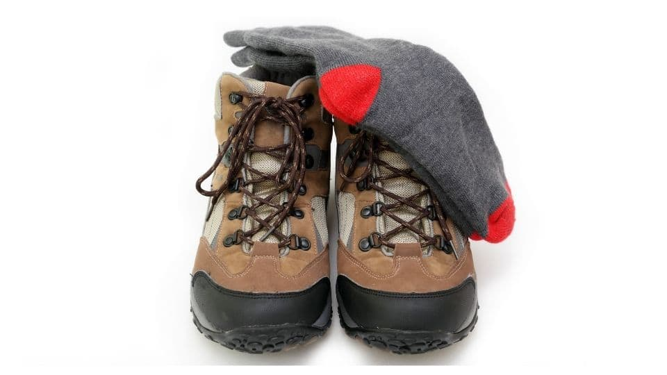 Scarpe e calzini da trekking