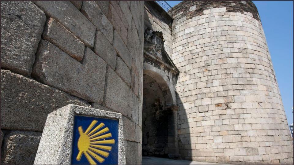 Cammino di Santiago Spagna e Lugo una delle porte antiche della città