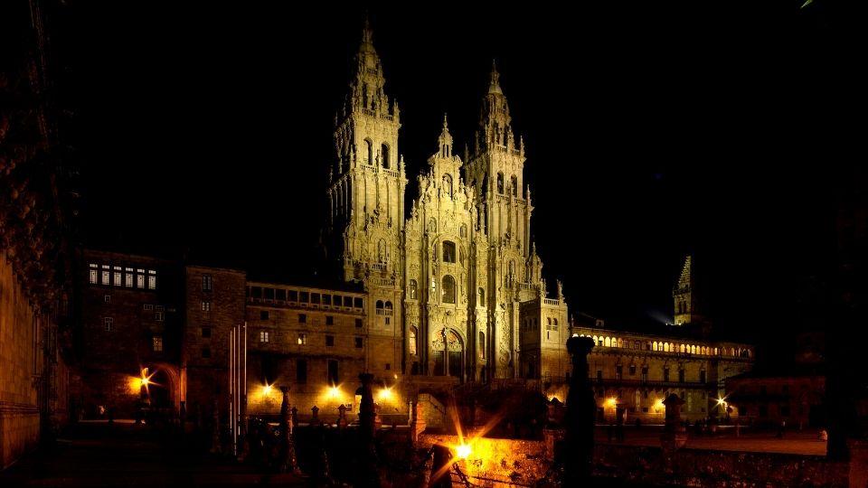la Cattedrale meta finale del percorso Cammino di Santiago pena alternativa
